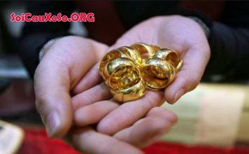 Mơ thấy nhẫn vàng đánh đề con gì